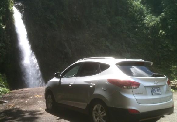 Auto Wasserfall